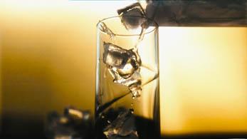 Ice in glas